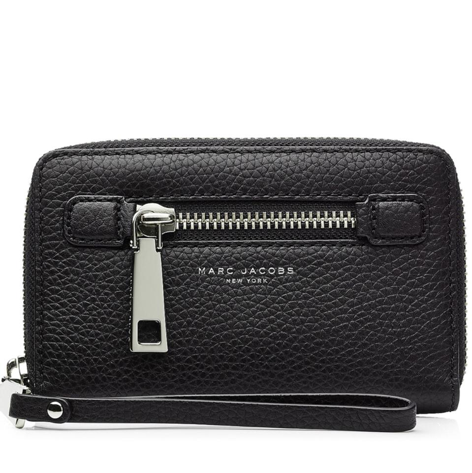 4d5e03cbec01 Marc Jacobs leather zipper wristlet silver hardware Gotham wallet clutch  Image 0 ...