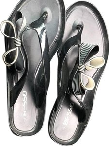 Besson black and white Sandals