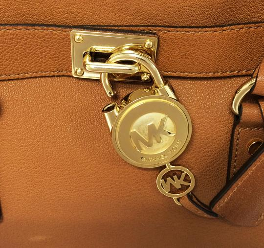 MICHAEL Michael Kors Leather Chain Satchel in Luggage Image 11