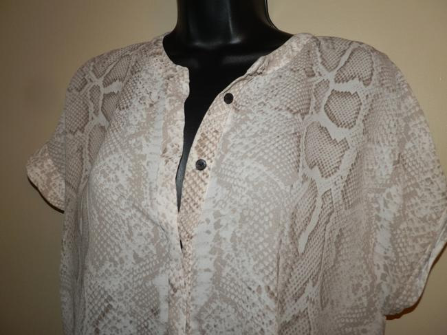 Tahari Snake Button Lightweight Polyester Dryclean Only Button Down Shirt Brown and Light Tan Image 1