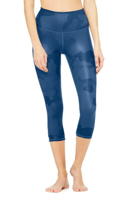 Alo Airbrush Camouflage Leggings in Navy Camo Image 2