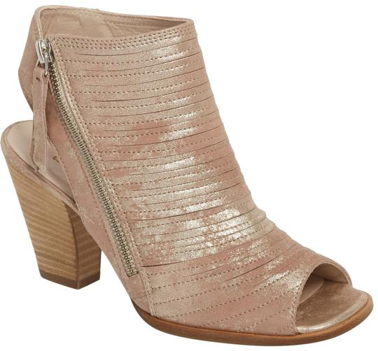 Preload https://img-static.tradesy.com/item/23926540/paul-green-blush-metallic-nubuck-cayanne-sandals-size-us-9-regular-m-b-0-1-540-540.jpg