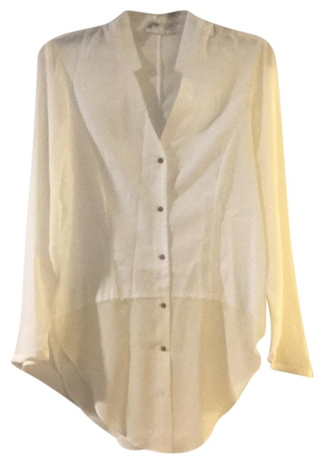 Preload https://img-static.tradesy.com/item/23926622/helmut-lang-linen-ivory-blouse-button-down-top-size-4-s-0-1-650-650.jpg