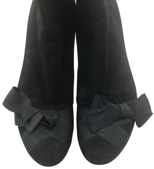 Preload https://img-static.tradesy.com/item/23926704/black-with-high-heels-and-a-bow-bootsbooties-size-us-8-regular-m-b-0-1-540-540.jpg