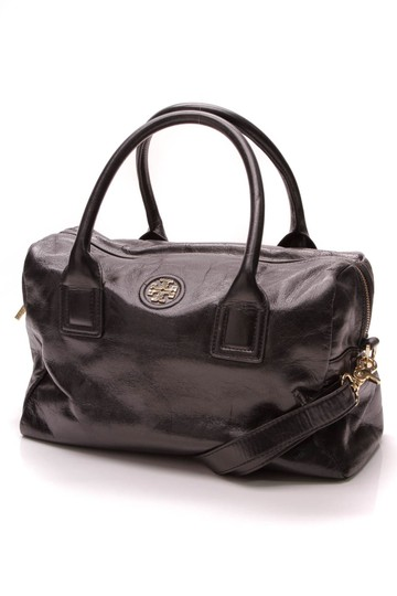 Preload https://img-static.tradesy.com/item/23926762/tory-burch-city-black-leather-satchel-0-0-540-540.jpg