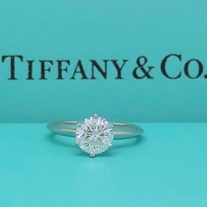 Tiffany & Co. G Vvs1 Round Brilliant Diamond Solitaire 1.33 Cts Platinum Engagement Ring