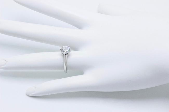 Tiffany & Co. G Vvs1 Round Brilliant Diamond Solitaire 1.33 Cts Platinum Engagement Ring Tiffany & Co. G Vvs1 Round Brilliant Diamond Solitaire 1.33 Cts Platinum Engagement Ring Image 6