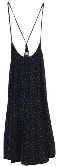 Preload https://img-static.tradesy.com/item/23926906/tna-blue-sleeveless-relaxed-fit-printed-short-casual-dress-size-4-s-0-1-650-650.jpg