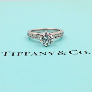 Tiffany & Co. F Round Brilliant Diamond 1.38 Tcw Diamond Band Engagement Ring