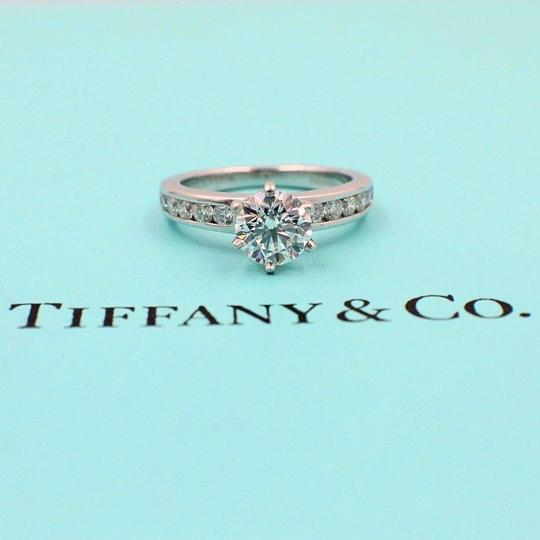 Preload https://img-static.tradesy.com/item/23926930/tiffany-and-co-f-diamond-round-138cts-vvs2-diamond-band-engagement-ring-0-0-540-540.jpg