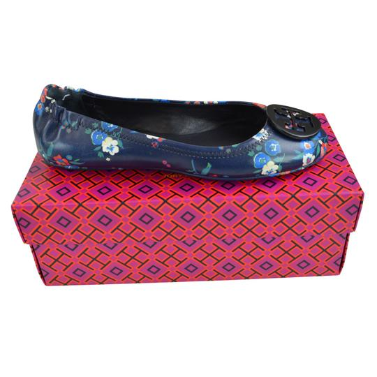 Preload https://img-static.tradesy.com/item/23926938/tory-burch-pansy-bouquet-minnie-navy-travel-ballet-nappa-leather-flats-size-us-75-regular-m-b-0-0-540-540.jpg