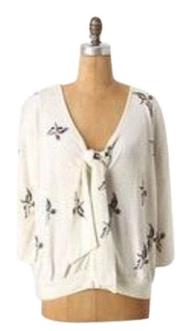 Preload https://img-static.tradesy.com/item/23926949/anthropologie-field-flower-bird-cream-sweater-0-1-650-650.jpg