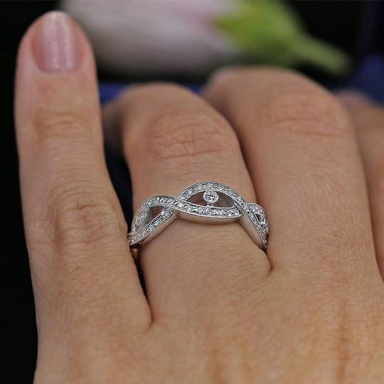 18 K White Gold Fantastic Band with Total 0.57ct Of Round Cut Ring