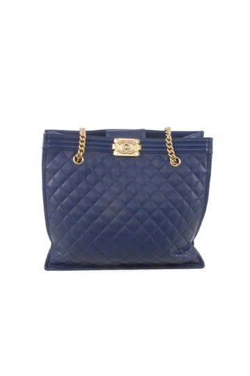 Preload https://img-static.tradesy.com/item/23927038/chanel-boy-blue-leather-tote-0-0-540-540.jpg