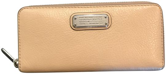 Marc by Marc Jacobs Q Slim Zip Around Wallet