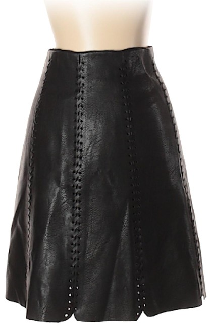 Preload https://img-static.tradesy.com/item/23927290/club-monaco-black-solid-faux-leather-skirt-size-00-xxs-24-0-1-650-650.jpg