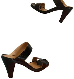 1b291680c Hermès Sandals - Up to 90% off at Tradesy
