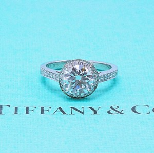 Tiffany & Co. G Vs2 Round Brilliant Diamond 1.51 Tcw Bead Set Platinum Engagement Ring