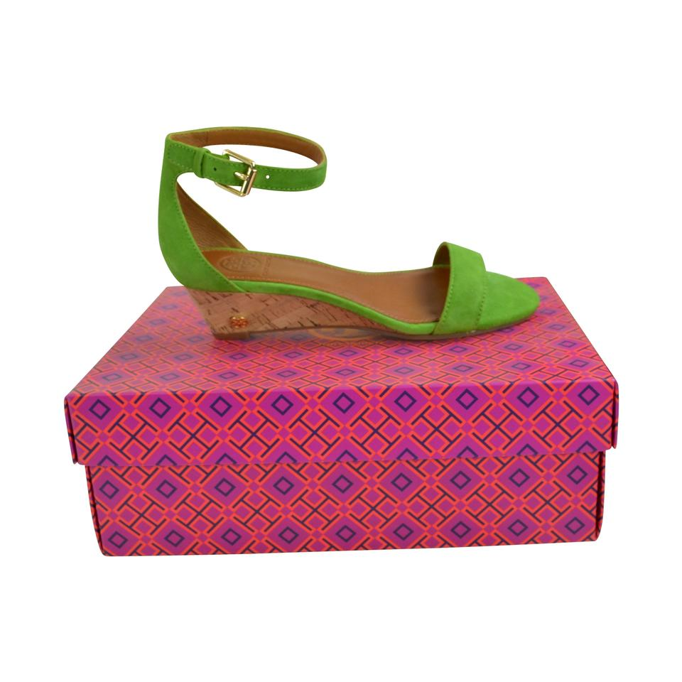 16aff209d2a Tory Burch Leaf Green Savannah 45mm Lux Suede Sandals Wedges Size US 8.5  Regular (M, B)