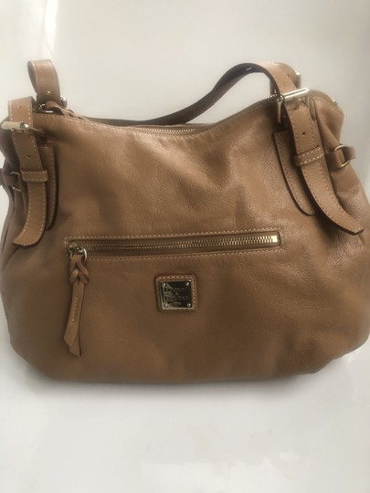 Dooney & Bourke Satchel in Natural