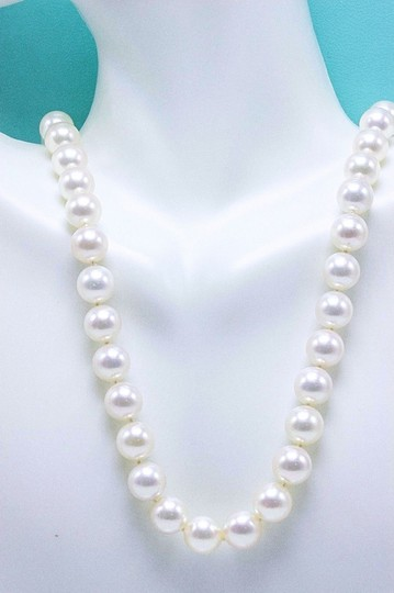 Tiffany & Co. Akoya Cultured Pearl Signature 18k Yellow Gold Appraisal Necklace Image 2