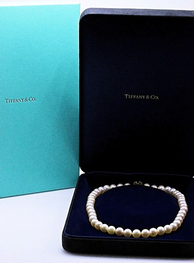 Tiffany & Co. Akoya Cultured Pearl Signature 18k Yellow Gold Appraisal Necklace Image 5