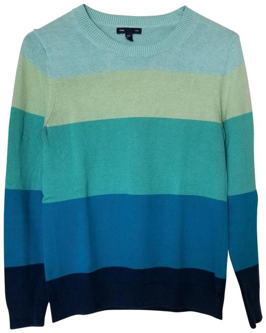 Preload https://img-static.tradesy.com/item/23927445/gap-ombre-blue-long-sleeve-crew-neck-sweaterpullover-size-4-s-0-1-650-650.jpg