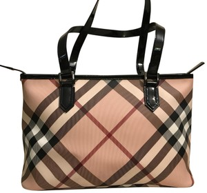 Beige Burberry Bags - Up to 90% off at Tradesy 160f984424