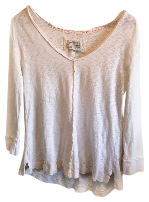Preload https://img-static.tradesy.com/item/23927563/anthropologie-distressed-tee-shirt-size-0-xs-0-1-650-650.jpg