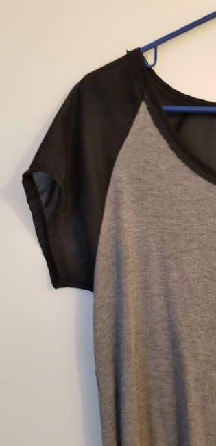 Gap T Shirt Grey & Black