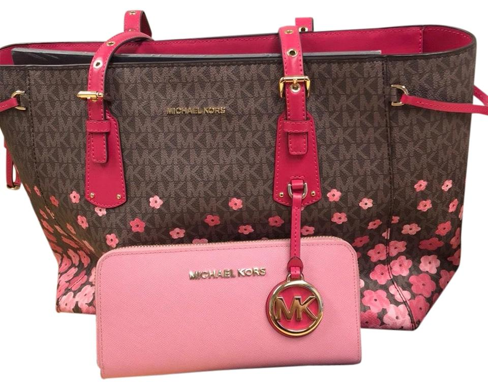 308d511a895a Michael Kors Voyager Floral & Wallet Brown/Pink Leather Tote - Tradesy