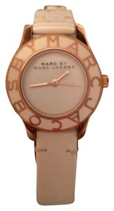 Marc Jacobs Marc Jacobs rose gold