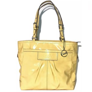 c14d140ef610 Yellow Coach Bags - Up to 90% off at Tradesy