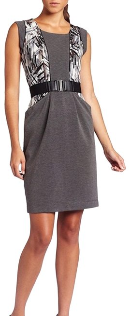 Item - Gray Laheld Print-blocked Xsmall Mid-length Formal Dress Size 2 (XS)