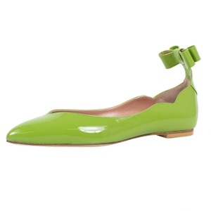 RED Valentino Patent Leather Pointed Toe Green Flats