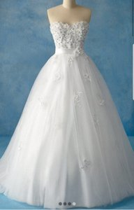 Alfred Angelo White Snow Formal Wedding Dress Size 4 (S)