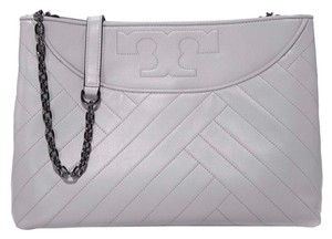 080ebd24422 Grey Tory Burch Bags - Up to 90% off at Tradesy