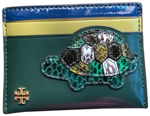 Tory Burch Authentic Tory Burch patent leather turtle card case