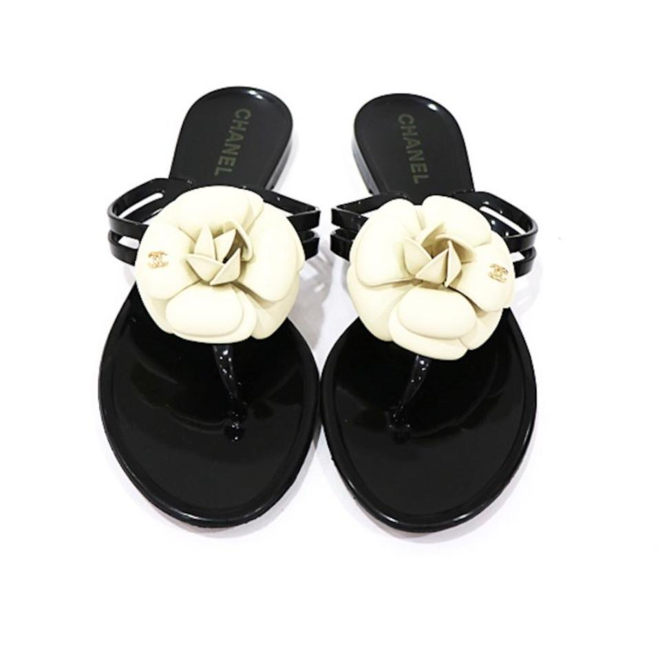 b4f8107767c9 Chanel Black White Camellia Flower Thongs Sandals Size US 7 Regular ...
