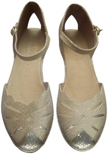 Gentle Souls Wedge Rose New Gold Snakeskin design Sandals