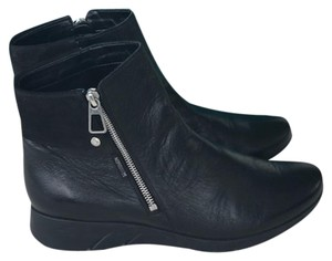 e3eeb970c4b Mephisto Boots & Booties Up to 90% off at Tradesy
