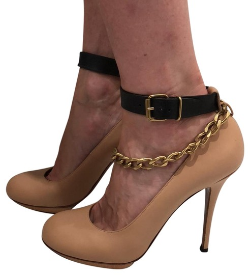 Preload https://img-static.tradesy.com/item/23937963/lanvin-nude-pumps-size-eu-40-approx-us-10-regular-m-b-0-2-540-540.jpg