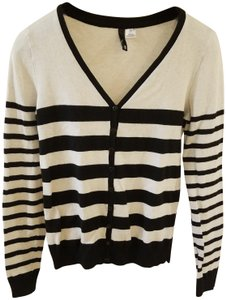 Divided by H&M Medium Size Striped Longsleeve V-neck Cardigan