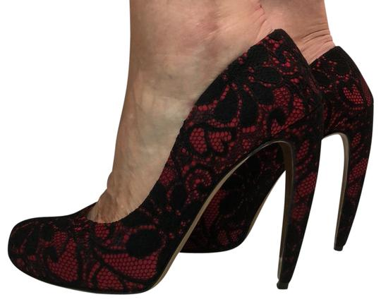 Preload https://img-static.tradesy.com/item/23938134/walter-steiger-black-and-red-pumps-size-us-9-regular-m-b-0-15-540-540.jpg