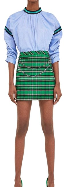 Preload https://img-static.tradesy.com/item/23938221/zara-green-blue-check-with-chain-skirt-size-8-m-29-30-0-1-650-650.jpg