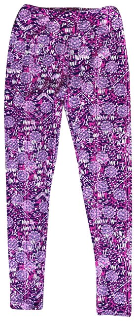 Preload https://img-static.tradesy.com/item/23938470/lularoe-floral-pink-purple-leggings-size-os-one-size-0-1-650-650.jpg