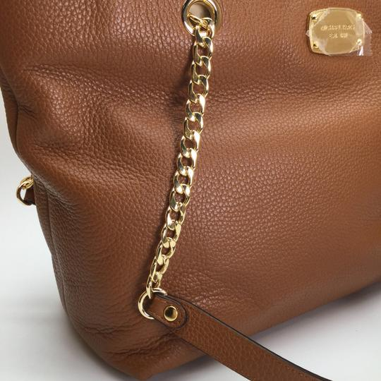 MICHAEL KORS Brown Leather Tote in Luggage Image 1