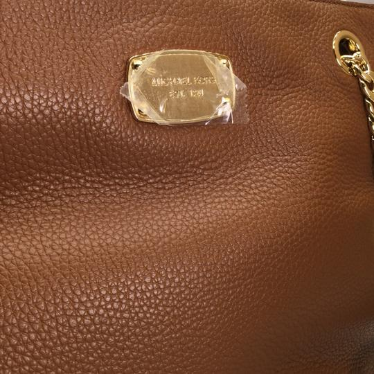 MICHAEL KORS Brown Leather Tote in Luggage Image 2
