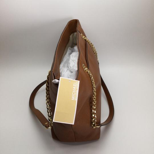 MICHAEL KORS Brown Leather Tote in Luggage Image 6