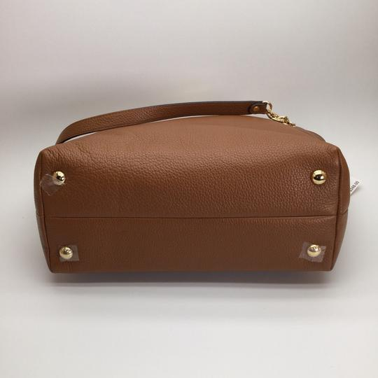 MICHAEL KORS Brown Leather Tote in Luggage Image 9